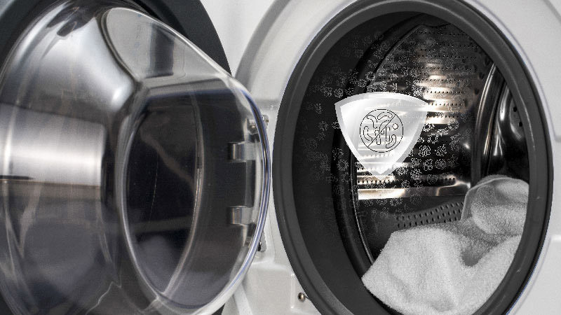 antibacterial treatment for a cleaner machine